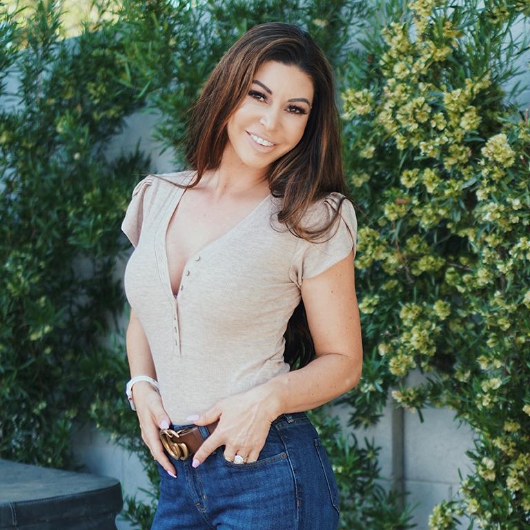 Access Hollywood Host, Natalie Morales photo image