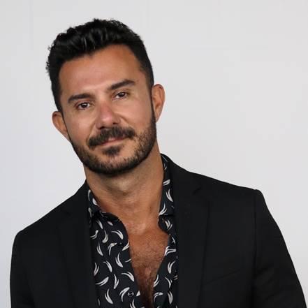Celebrity Hairstylist, George Papanikolas