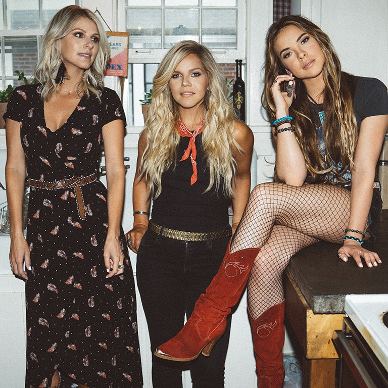 The three ladies of Country Music Artists, Runaway June stylish photo image